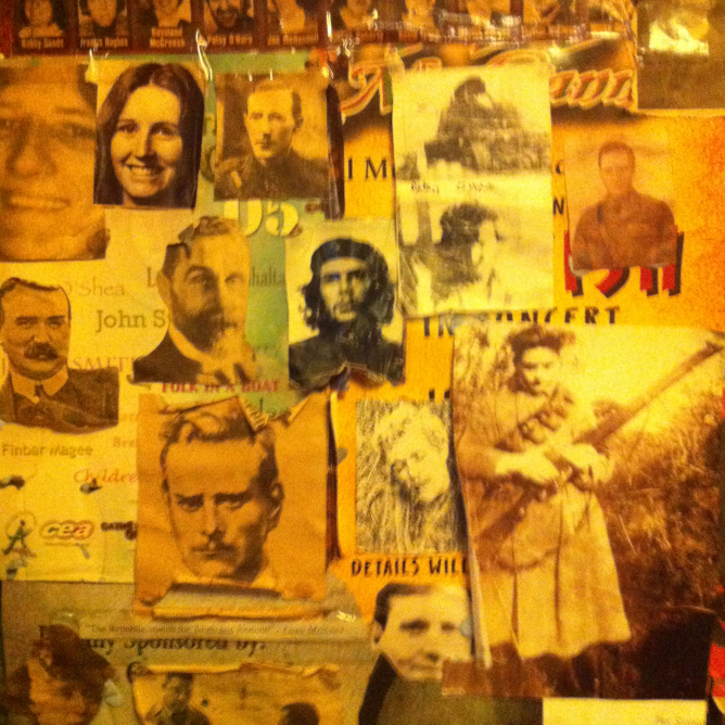 A wall in Maddens Bar, Berry Street, Belfast City Centre, featuring a portrait collage of modern Irish heroes including Roger Casement, James Connolly, Che Guevara, Mairéad Farrell, and the ten men who died on hunger strike in 1981. (Photo: M. Horton, 2014)